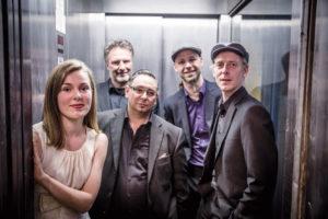 Chapeau Manouche mit/ featuring Katja Knaus
